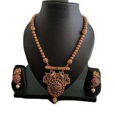 Golden Stone Studded Traditional Necklace Set
